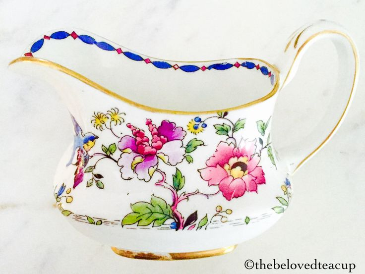 Star Paragon Floral Bird Sugar Bowl and Creamer Jug by TheBelovedTeacup on Etsy https://www.etsy.com/ca/listing/460562626/star-paragon-floral-bird-sugar-bowl-and
