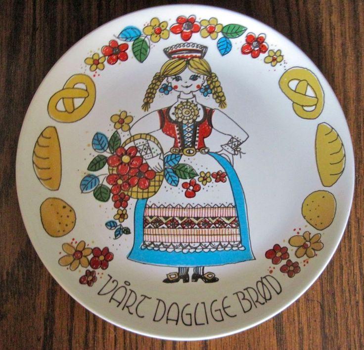 Stavangerflint Pottery Plate  Vart Daglige Brod  Norway Norwegian Scandinavian