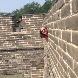 Peek-a-boo in the Great Wall of China! How cool is that?!