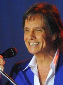 Roberto Carlos lança seu tradicional disco de fim de ano