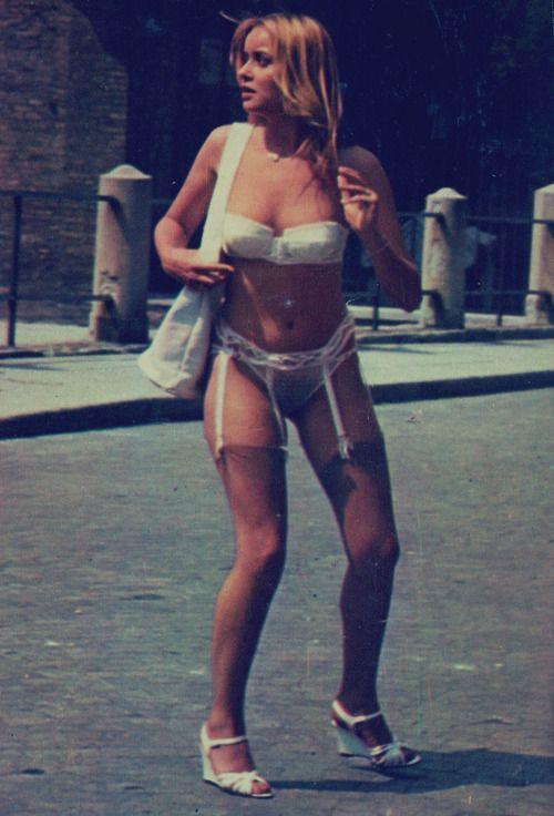 Gloria Guida in 'L'affittacamere' (1979)
