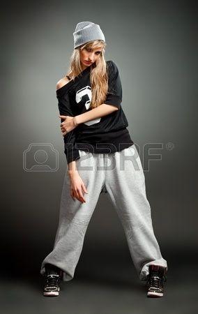 ragazza alla moda hip hop photo