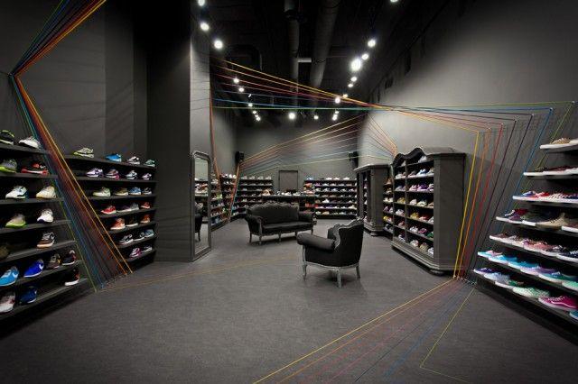 Run Colors Sneaker Store-6