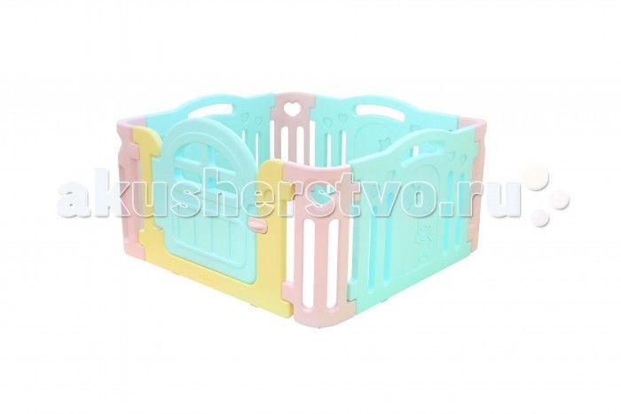 Ifam Ограждение Marshmallow  Ifam ограждение Marshmallow изготовлен из специального гипоаллергенного пластика, приятного оттенка с контрастными вставками. Этот материал не впитывает влагу и хорошо очищается моющими средствами. Для удобства родителей, манеж имеет небольшую дверцу с внешним запорным элементом.   Преимуществами модели являются компактность и безопасность для ребёнка. В разобранном виде манеж занимает пространство 1,25 х 1,25 м, что удобно при маленьком размере комнаты…