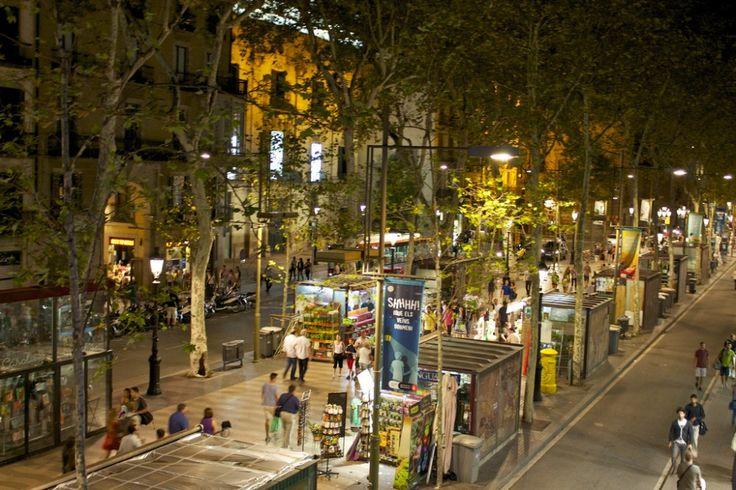 Las 10 #calles más famosas del mundo  #LaRambla, #Barcelona.