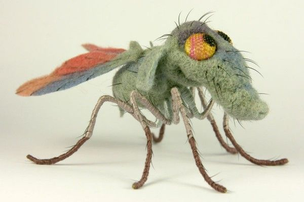 Felted insect from a Russian website.