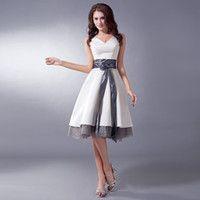 2016 Nueva marfil gris dos tonos de colores vestidos de fiesta de la boda V cuello corto longitud de la rodilla cinturones satinado vestido de dama de honor de organza