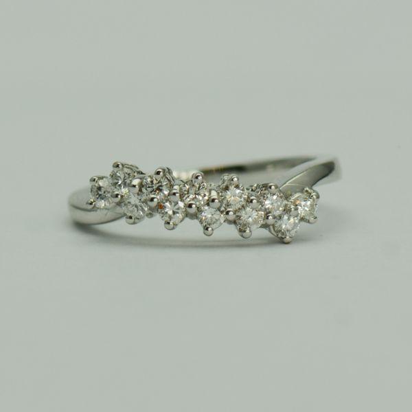 Inel aur alb 18k cu diamante rotunde