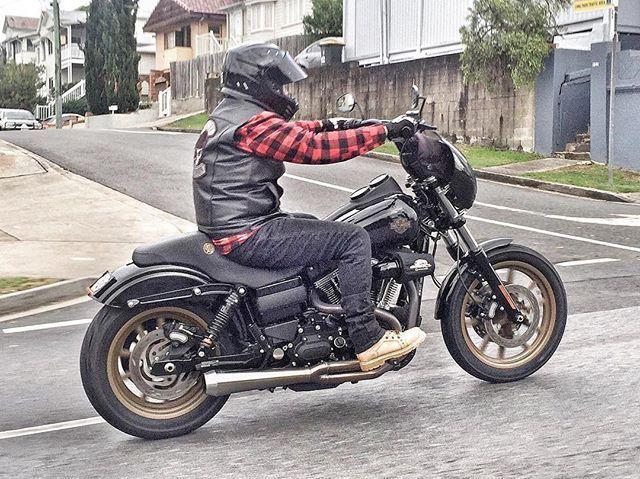 Pin By Sam Bochy On Motorcycles Customs Moto Concept Harley Dyna Harley Davidson Dyna Super Glide Harley Davidson Dyna