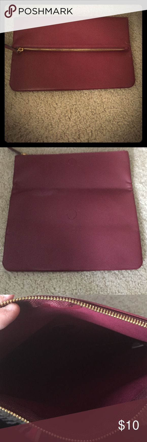 Old Navy Clutch New Old Navy Clutch never used Old Navy Bags Clutches & Wristlets