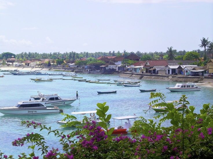Where I will be in less than one month!!! nusa lembongan