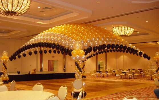 how to make a floating balloon arch