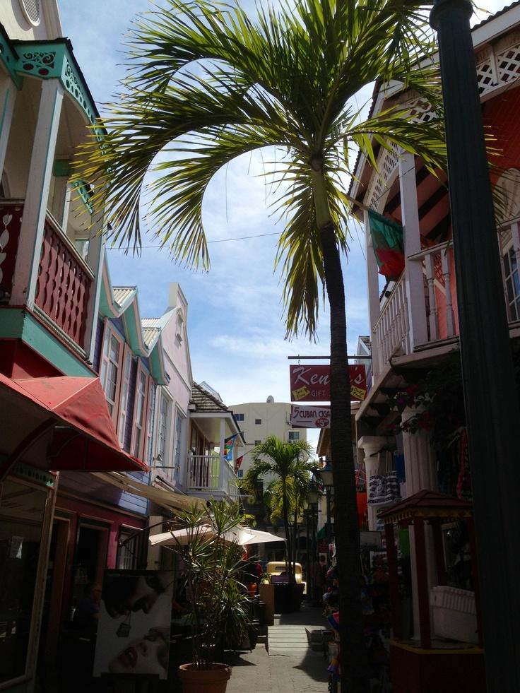 Honeymoon - Shore Days: Shopping in St Maarten.