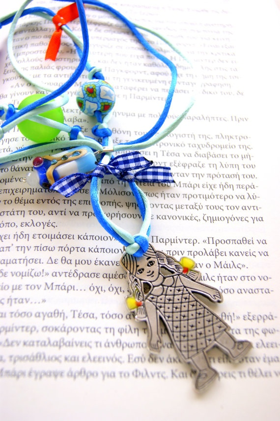 Necklace story with Anna by RenatasArt on Etsy, €15.00