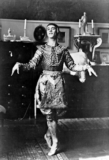 Nijinsky in the Siamese Dance in Les Orientales, 1910. Photo by Jacques-Emile Blanche.