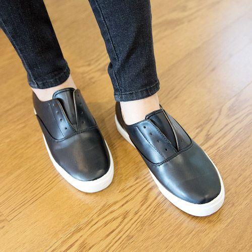 Womens Clothing Store [VANILLAMINT] Tesya shoes / Size : 230-250 / Price : 48.59 USD #dailyllook #dailyfashion #fashionitem #shoes #sneakers #ootd #vanillamint http://en.vanillamint.net/