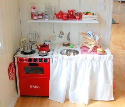 Child's Play House Kitchen, Norway. I love the red and white!