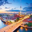 "Weekend la Berlin si Piata Alternativa de Craciun ""Holy Shit Shopping""! 71 eur (zbor, cazare 3 nopti si taxa intrare) • Aventurescu"