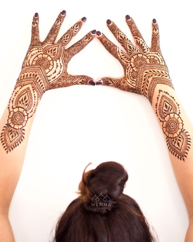 Some early morning henna for @anjjjaliii #henna #mehndi #bridalhenna…