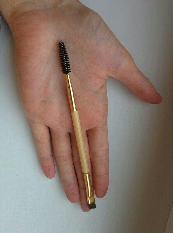Tarte amazing eyebrowbrush brush