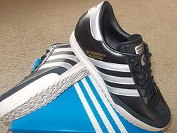 ADIDAS BECKENBAUER VINTAGE CLASSIC TRAINERS Q20549