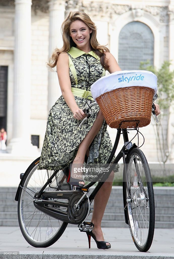 Model and actress Kelly Brook poses on a bike at a photocall to launch the Mayor of London's Skyride - a free cycling event with traffic free roads on September 8, 2009 in London, England. The Skyride on September 20 will allow tens of thousands of London cyclists to enjoy traffic free central London roads