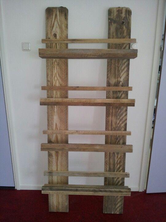 Tijdschriftenrek oud steiger hout