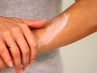 Soothe a Sunburn with Shea Butter (VIDEO)
