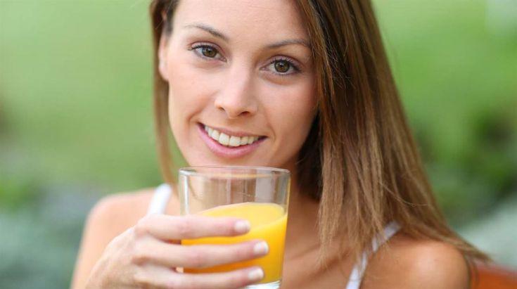 Gå ner i vikt med juicer och soppor! Med en fasta som består av bara flytande föda kan du bli av med upp mot fyra kilo på bara en vecka. Samtidigt får du i dig massvis med vitaminer och mineraler som kan göra dig friskare och piggare.