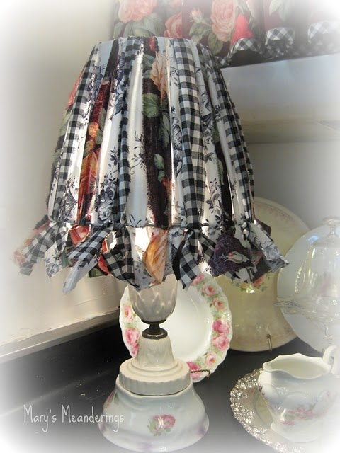 Best 25 lampshade redo ideas on pinterest make a for Redo lamp shades
