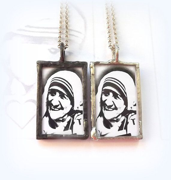 Saint Teresa of Calcutta. Mother Teresa Catholic Necklace. Religious Catholic…