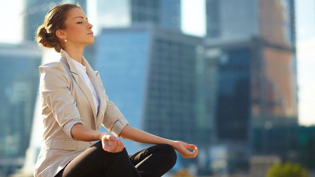 Increase Your Mindfulness at Work with Hourly Check-Ins