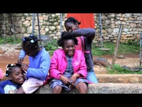 vidéo de la vie quotidienne avec les enfants, et l'équipe de chez NPFS