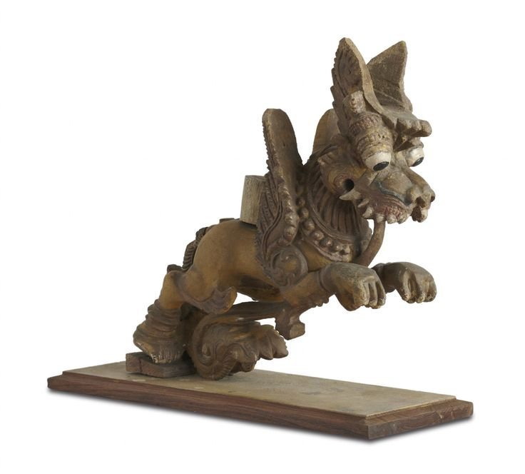 #yaali or #vyala is a composite being that has the body of a lion and features of other animals such as elephants, crocodiles, snakes, and horses. The yaali embodies the characteristics of each of these animals – The yaali is usually represented as a ferocious. These are usually found on pillars of temples. This particular yaali would have either been a bracket figure or a processional figure, alongside the utsavamurti of the deity