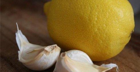 Μια συνταγή με σκόρδο και λεμόνι για τον καθαρισμό των αγγείων!