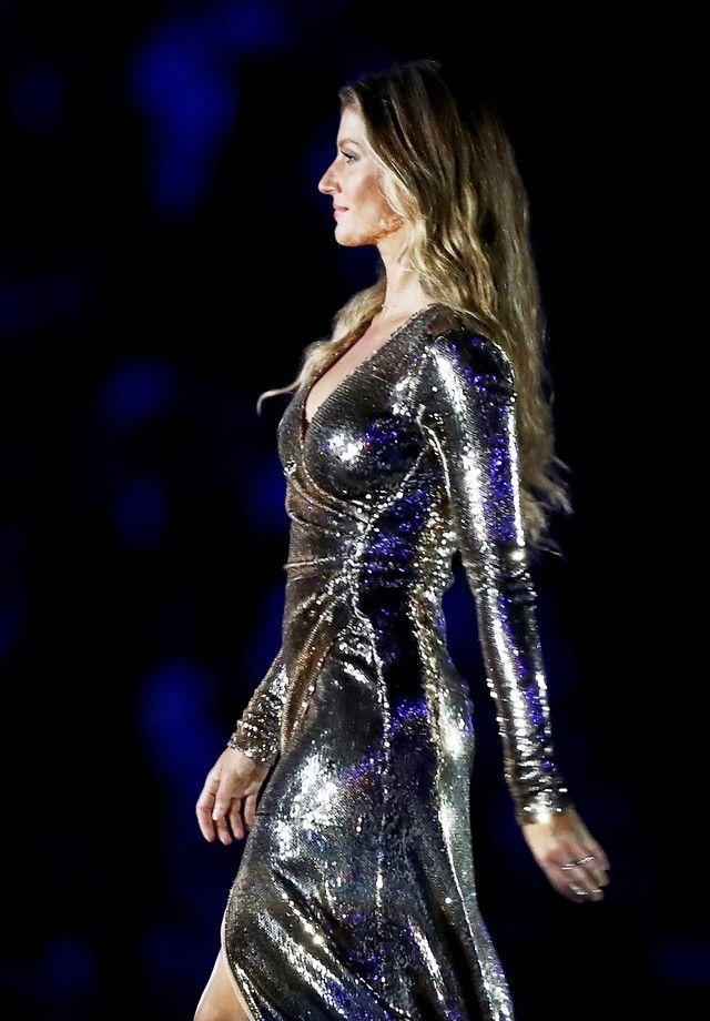Gisele Bündchen brilha na cerimônia de abertura da Olimpíada do Rio 2016