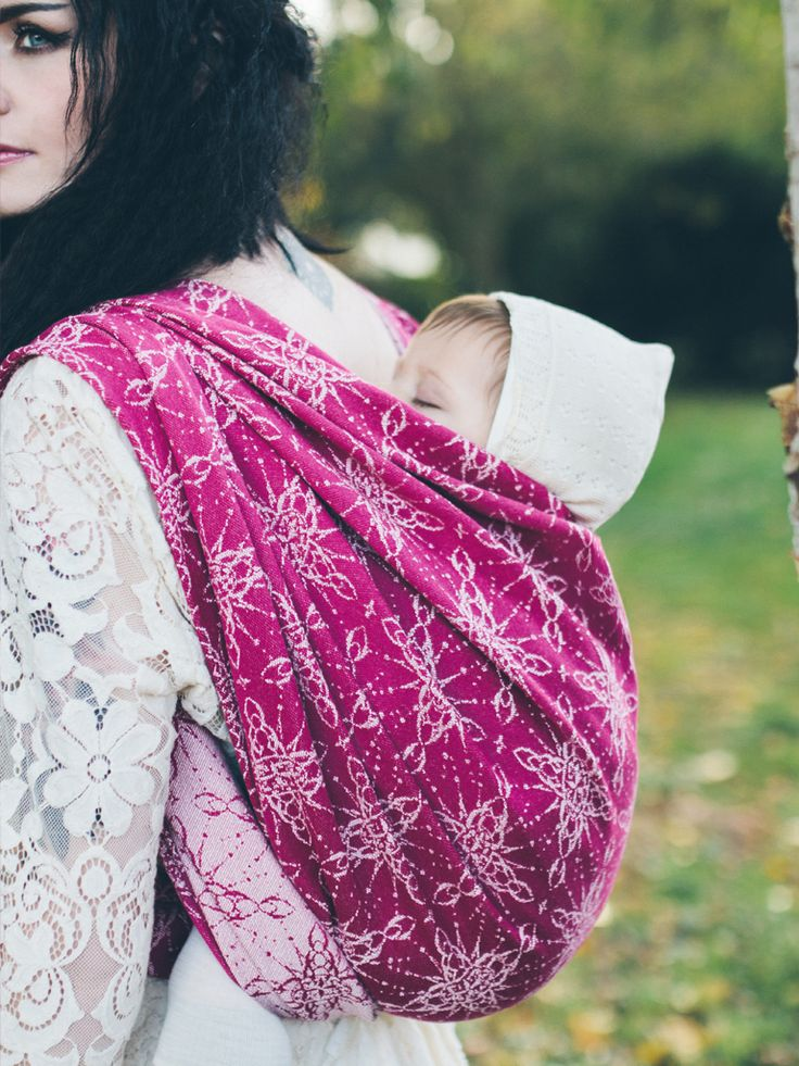 Evenstar Valar baby wrap made from lambswool, organic combed cotton and cotton in Scotland by Oscha Slings. #LOTR