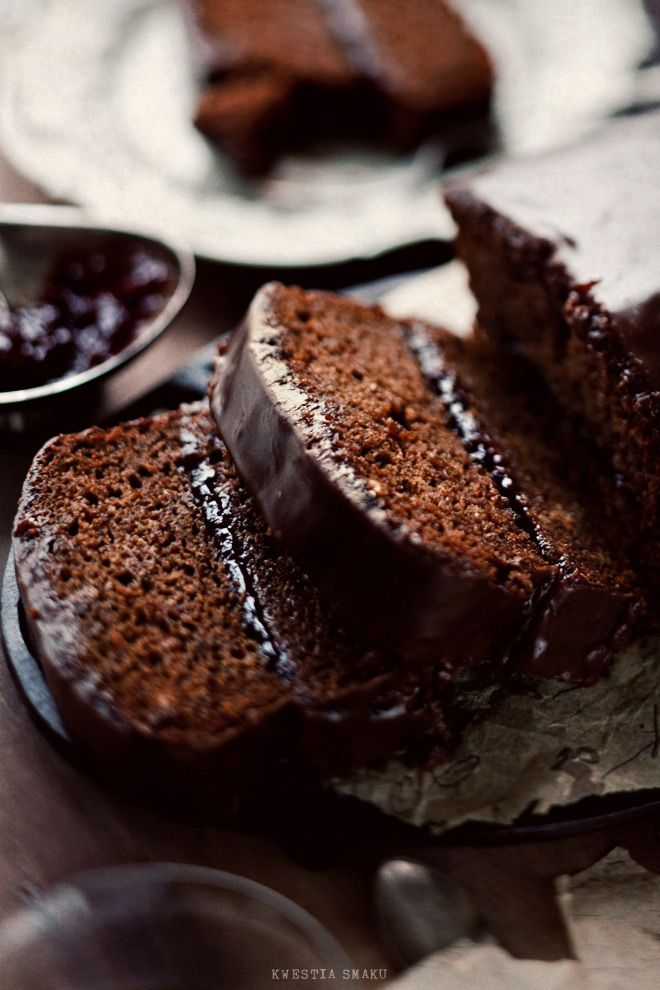 / gingerbread coffee cake with plum jam & chocolate ganache
