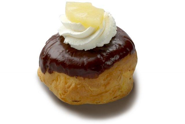 moorkoppen...Dutch version of cream puff...YUM!