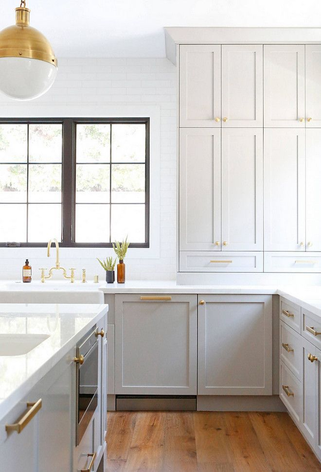 Best 25 benjamin moore cabinet paint ideas on pinterest for Benjamin moore kitchen paint ideas