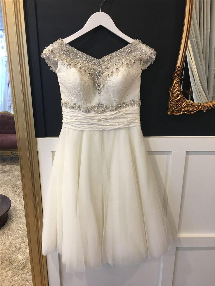 Justin Alexander , shirt dress , size 4, $800-