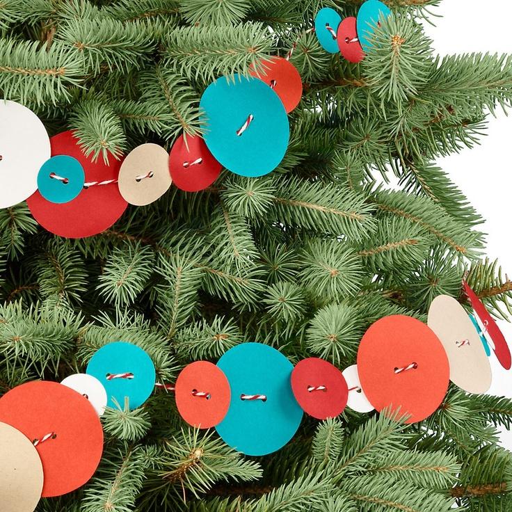 button garlandPaper Buttons, Buttons Garlands, Garlands Paper, Buttons Ideas, Paper Sources, Christmas Garlands, Christmas Ideas, Christmas Trees, Bakers Twine