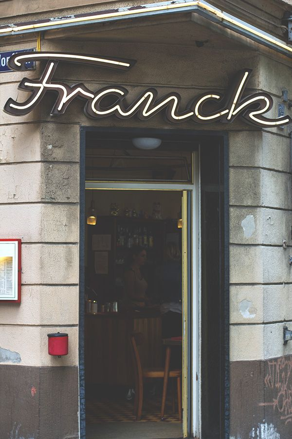 Unique Von Fr hst ck bis Kaffee und Kuchen Charme eine gro e Fr hst ckskarte und s e K stlichkeiten laden ins Cafe Franck in K ln ein