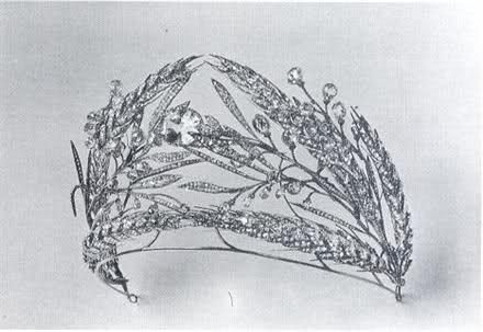 Romanov wedding tiara. Wheat sheaves are an ancient symbol of fertility, and have been used in the weddings of many cultures (especially Greece's) because of this.