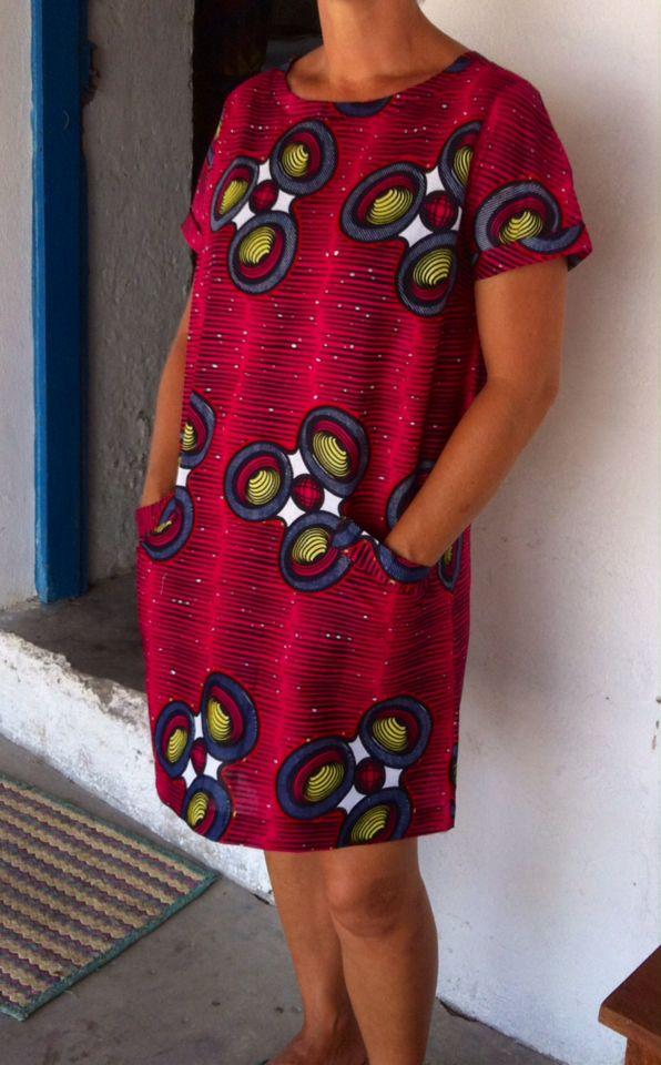 Vestido saakata ~DKK ~ Latest African fashion, Ankara, kitenge, African women dresses, African prints, African men's fashion, Nigerian style, Ghanaian fashion.