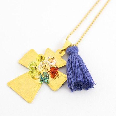 Cruz bronce con baño de oro cristales swarovski borla de hilo hand made lindas joyas