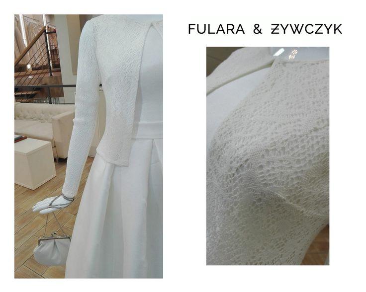 Najnowsza kolekcja sukien ślubnych FULARA & ŻYWCZYK na sezon 2017, stworzona została dla wszystkich kobiet, które na ślubnym kobiercu chciałyby poczuć wyjątkowo. Druga część cudownej kolekcji 2017 już dostępna w naszym Katowickim salonie. Serdecznie zapraszamy :) www.fularazywczyk.pl
