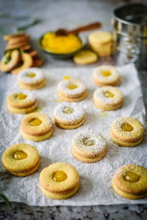 Simple recipe for tender shortcrust cookies   – Backen, Süsses & Co