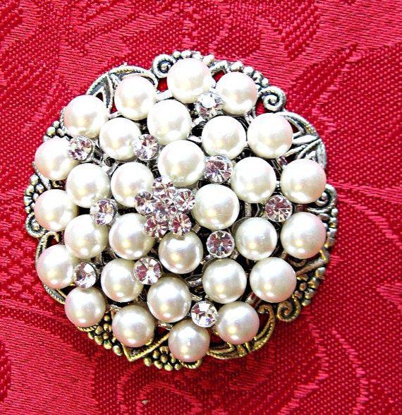 Wedding Brooch, Pearl Cake Decoration $25.00  #Wedding Cake
