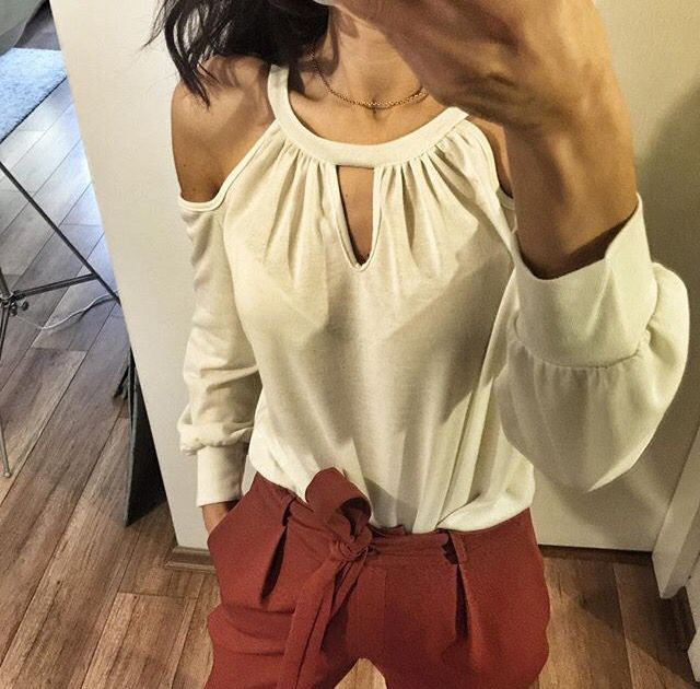 Beyaz bluz www.fashionturca.com